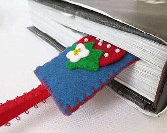 Strawberry Felt Bookmark - hand sewn fruit motif