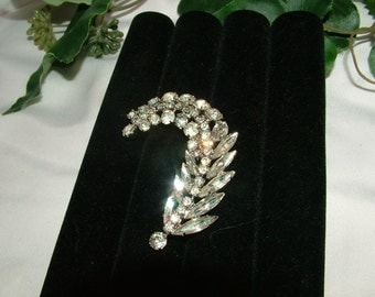 Vintage Rhodium Faceted Glass Prong Set Stone Feather/Plume Brooch