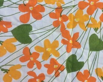 Vintage Vera Neumann table cloth , cutter