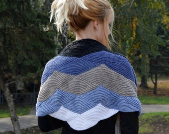 knitting shawl-gray knit shawl-wool knit shawl-boho kerchief-baktus knit-handmade shawl-triangular shawl-warp