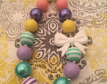 Bow Bubblegum Bead Necklace