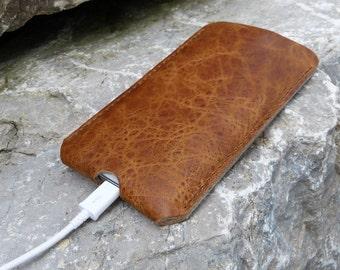 SAVANNA Galaxy S7, Galaxy S7 Edge leathr case, SlimLine Design with cut for cable, wool felt