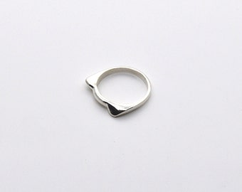 sterling silver cat head silhouette ring