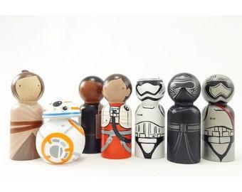 Star Wars Inspired Peg Dolls // wooden toys// Wooden peg dolls//