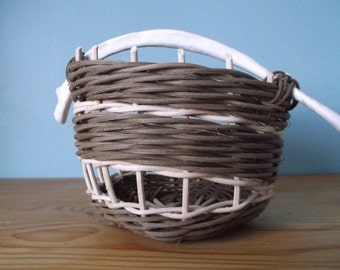 Small gift wicker basket-  gift for her- gift idea-handwoven basket- handwoven wicker basket