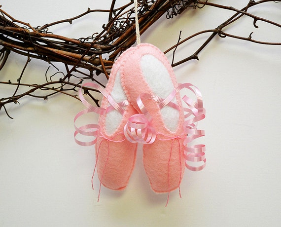 Felt ballet slippers girl 39 s room decor pink by brynandjeremiahs for Ballet shoes christmas decoration