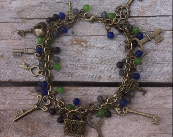 The key the secret charm bracelet