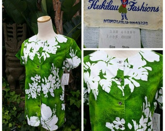 Vintage 60s 1960s Green Hawaiian Shirt // Bouse // Hibiscus Print // Barkcloth // Hukilau Fashions // Tiki Oasis // VLV // Rockabilly