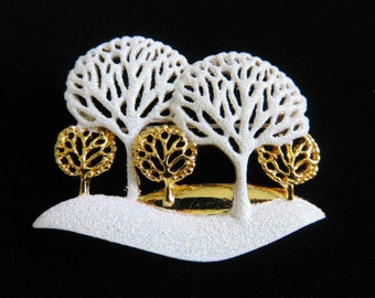 AJC Gold Tone Trees And Bushes With Glistening Snow Brooch Pin/Rare