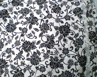 Black flowering vines on white cotton. made by Springs Industries. U choose length. Versatile for home decor, quilting. long out of print.