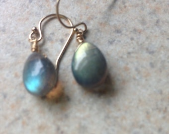labradorite and gold filled wire wrapped earrings spectrolite earrings labradorite drop earrings wire wrapped in gold filled wire