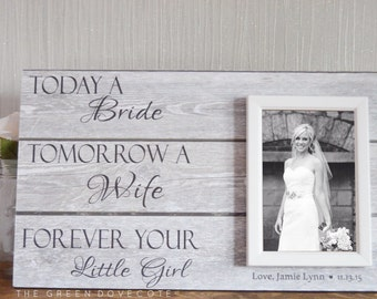 Mother Of The Bride Gift - Father Of The Bride Gift - Parents Wedding Gift - Personalized Picture Frame Wedding Sign - Wood Wedding Sign