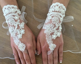 Gloves bride wedding gifts