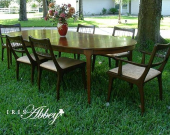 Mid-Century Modern Dining Room Table with 6 Chairs