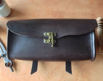 Bicycle handlebar bag leather