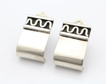 Artisan-Crafted and Signed Abstract Tribal Clip-On Earrings in Sterling Silver. [10395]