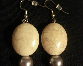 Beige Glass Beads with Silver glass beads