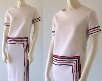 MOD 60s Vintage Edith Flagg Red White & Blue Striped Short Sleeve Poly Knit Shift Dress. Size Large