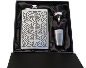 Celtic Knotwork Flask Set
