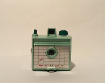 Vintage 1950s Atomic Age Plastic Savoy Box Camera by Imperial, 620 Film, 2 1/4 pictures, Mercury Comet, Seafoam Blue Color