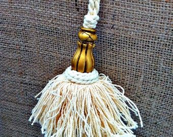 4 x Vintage  Cotton Key Tassels Natural & Gold
