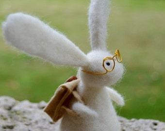 Adventurous Needle Felt Rabbit with Backpack and Glasses,Handmade, Autumn,Bunny,Woodland,Critter,Needlefelt,Animal, OOAK, Miniature,Xmas