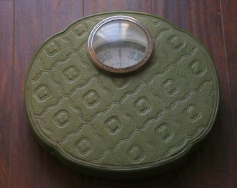 Vintage Ornate Round 1950s/1960s Green Detecto Bathroom Scale. Shabby Chic.Sixties. Retro Decor. Bathroom Decor. Accurate Vintage Scale