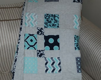 Free Shipping!   Mixologie Quilt