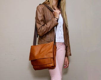 Sale!!! Soft brown leather messenger bag Brown leather crossbody Ipad messenger bag for women Messenger bag Women leather bag