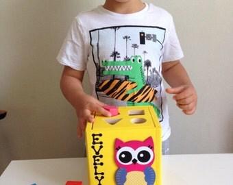Shape sorter toy toddler educational toy shape sorting toy shape sorting cube yellow wooden toddler toy owl theme nursery baby gift owls