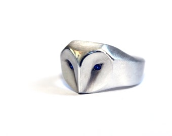 Owl Ring with Blue Sapphire Eyes