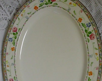 Finale Noritake 13 inch Oval Serving Platter in Finale Pattern, Excellent Condition