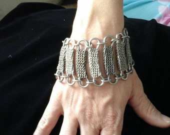 Silver metal wrapped chain bracelet