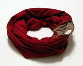 SCARFBAG Pocket Scarf - Thick Burgundy Knit Infinity Scarf with Zipper Pocket