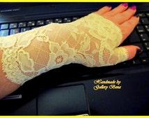 Fingerless gloves Lace Mittens Christmas gloves Christmas gift Light yellow Short church gloves Lace gloves Prom gloves Wedding gloves