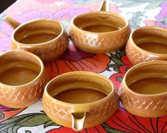 Mid century Retro Diana Nefertiti Stoneware set of 6 ramekin dishes