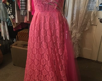 Dreamy vintage Pink lace Princess Prom Evening gown