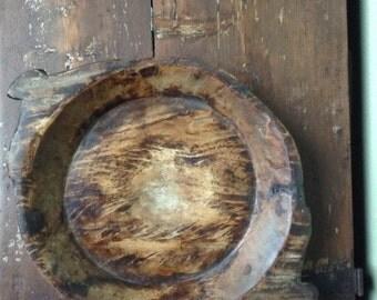 Wooden dish, vintage