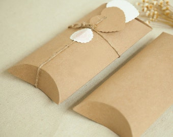 20 pcs Medium Kraft Paper Pillow Boxes - Gift Packaging - Scarf, Jewelry, Sunglasses case / Party, Wedding Favors