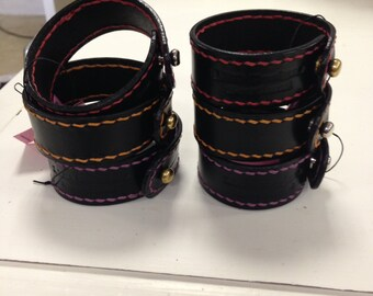 Bridle Leather Bracelet with Contrasting Stitching