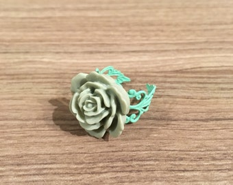 Sage and Mint Rose Adjustable Ring - Sage Green Rose Cabochon - Adjustable Rose Ring - Filigree - Mint Green -Light Gray -Gift for Her -Cute