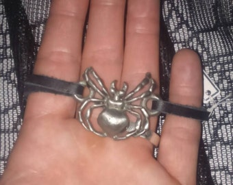 Spider bracelet