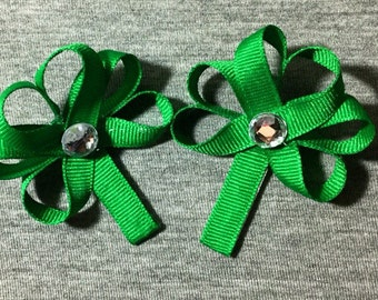 St. Patricks Day Clover Set of 2 Sculpture Bow Clip. Green/Clover/St.Patty's Day