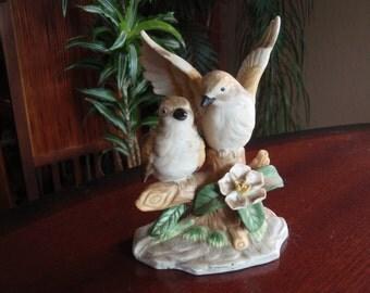 Porcelain Figurine Two Birds on a Tree Branch Collecitble Home décor Figure Knick Knack B262