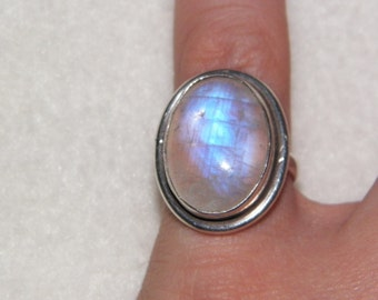 Vintage Sterling Silver Ring With Large Piece Of Moonstone