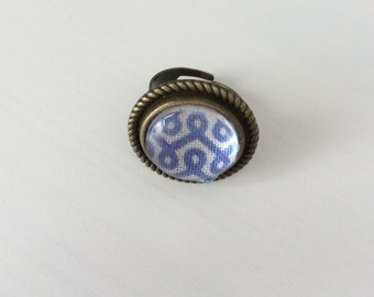 Antique blue & white statement ring