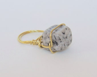 Dalmatian Jasper Wire Wrapped Ring: Black and white natural gemstone