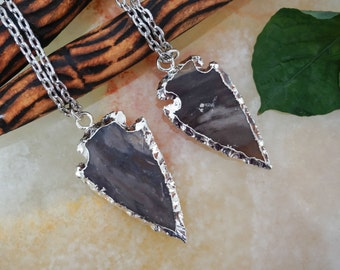 Agate Arrowhead Pendant,Electroplated Arrowhead Pendant,Layered Necklace,Gemstone,Unisex Jewelry,Silver Plated Chain, Arrowhead Necklace