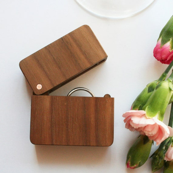 Wooden ring box ring box wedding walnut ring holder ring for How to make a wooden ring