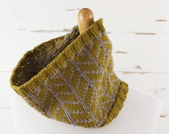chevron cowl // hand-knit neckwarmer // mustard and gray colors